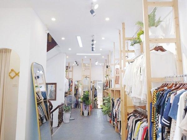 Buôn quần áo hàng thùng và những điều bạn nên biết