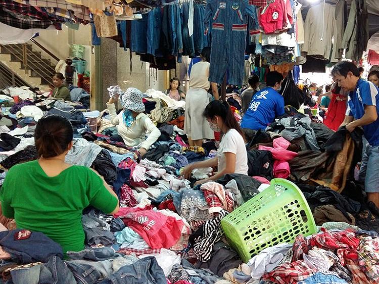 Nhập buôn quần áo hàng sỉ