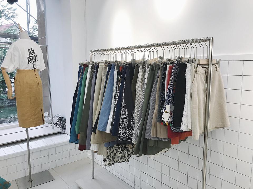 Cách giặt tẩy quần áo hàng thùng