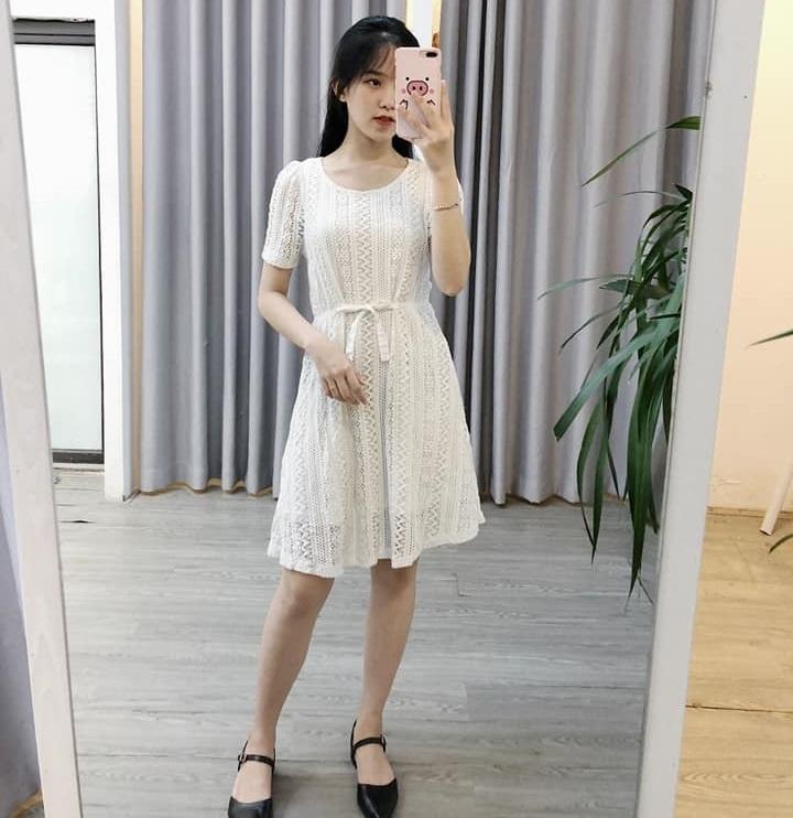 Xinh khó cưỡng với đầm trắng tại Min House