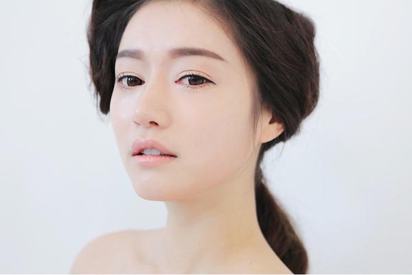 Những xu hướng trang điểm lông mày cho các nàng siêu sành điệu