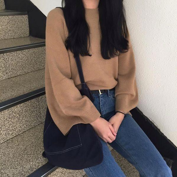 Áo len tay rộng cho cô nàng thêm phong cách