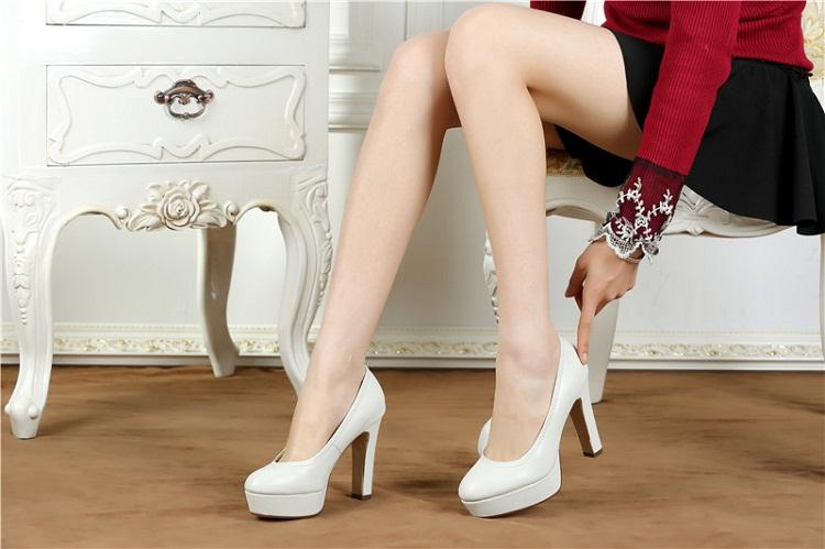 Bí quyết để các nàng mang giày cao gót thật tự tin