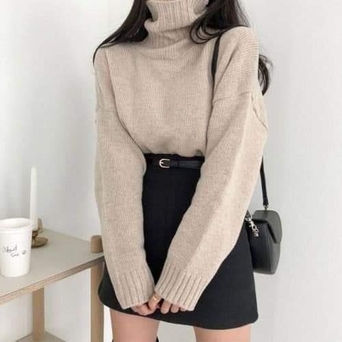 Diện áo len oversized sao cho chuẩn phong cách Hàn Nhật?