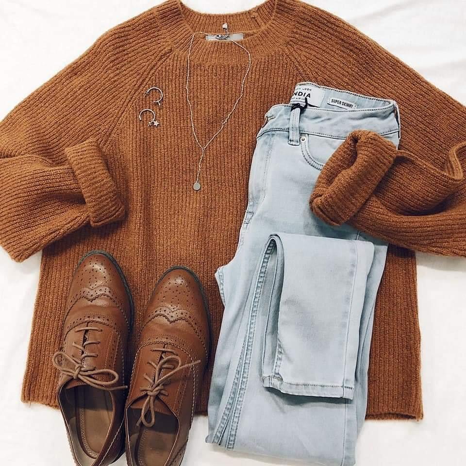 Mixmatch siêu xinh cho mùa đông này với item áo len chuẩn phong cách Hàn