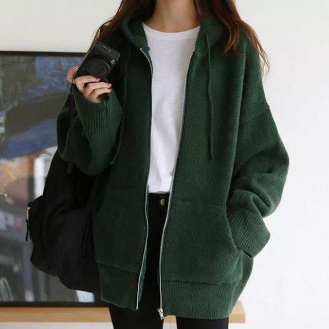 Trẻ trung và mềm mại cùng mùa đông với áo khoác nỉ