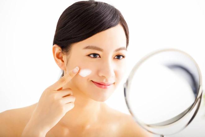 9 bước không thể thiếu để chăm sóc da khô chuẩn gái Hàn