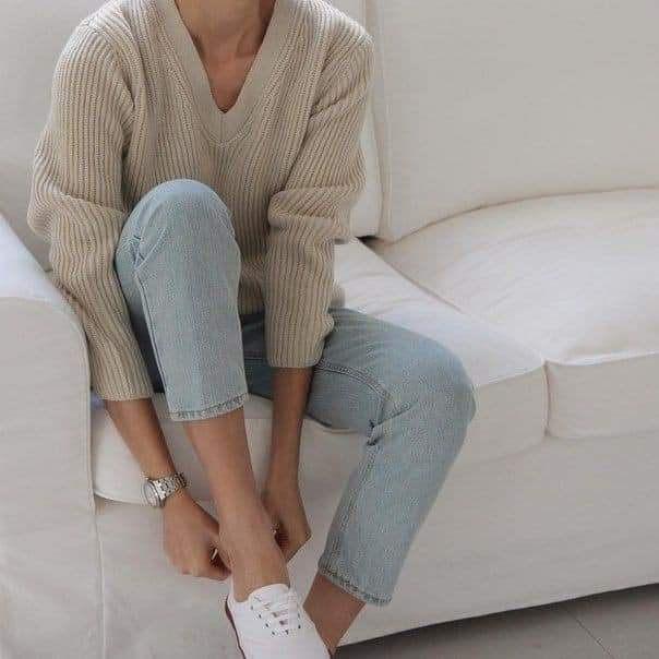 Áo len và quần jeans – Đôi bạn thân không rời cho mùa thu đông
