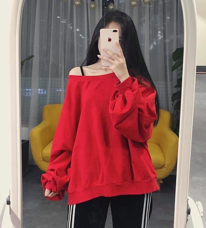 Diện sweater oversize cho cô nàng thật cá tính và ngọt ngào
