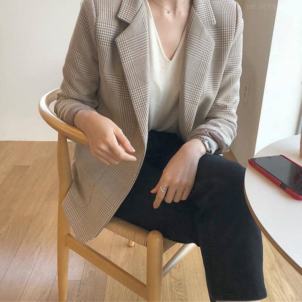 Thanh lịch và quyền lưc với áo khoác vest nữ Hàn Quốc