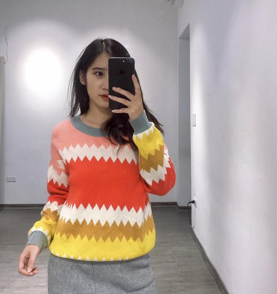Áo len hoạ tiết hot đến thế nào trong mùa đông 2019 này?