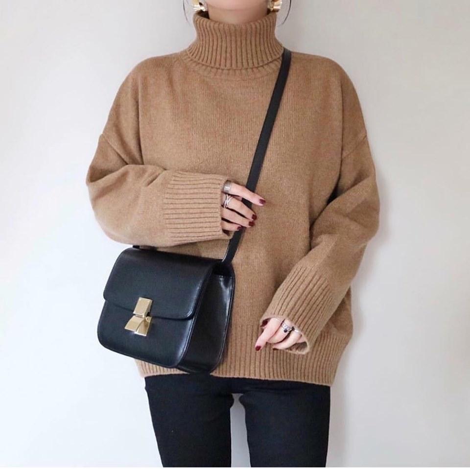 Áo len trơn cổ lọ - item giúp các nàng tha hồ mix đồ