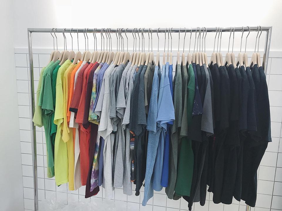 Cách xử lý áo thun hàng thùng không bị giãn