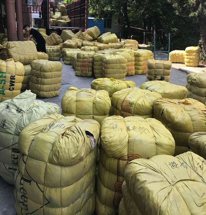 Địa chỉ giao buôn kiện hàng thùng uy tín, chất lượng tại Hà Nội