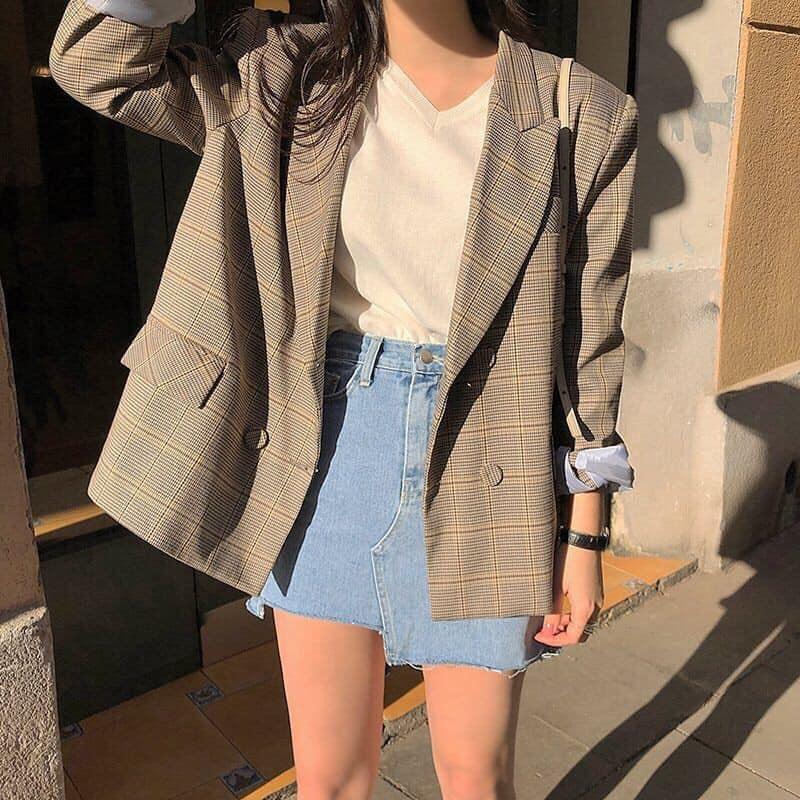 Muôn kiểu diện chân váy jeans cho mùa đông thêm xinh