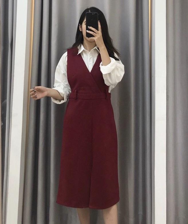 Trẻ trung với váy yếm Hàn Quốc mùa thu đông 2019