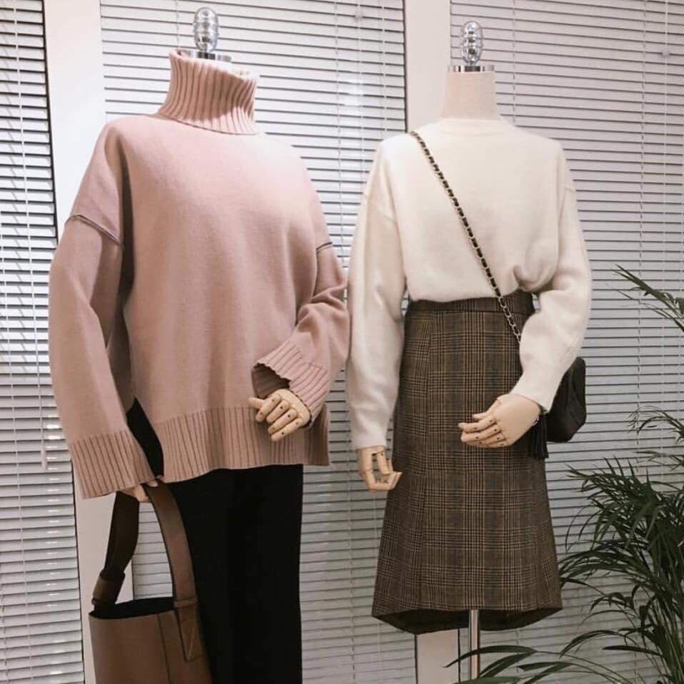 Diện áo len cổ lọ oversized như thế nào thật xinh và nổi bật?