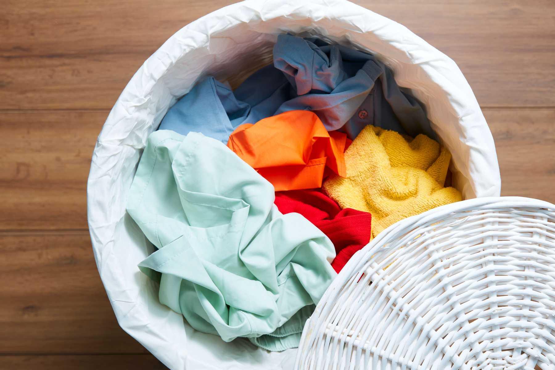 Những cách xử lý quần áo hàng thùng các chị em nên biết