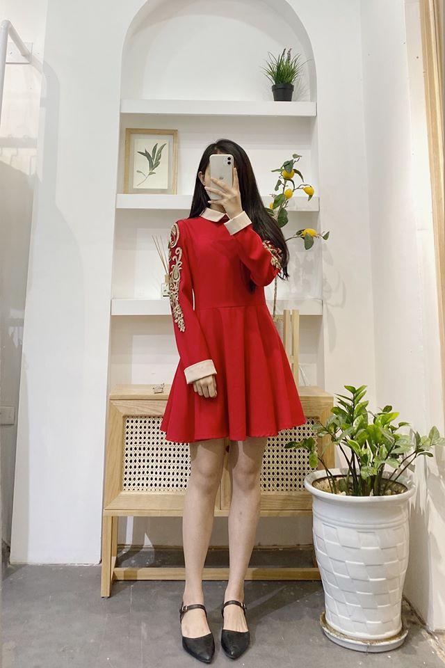 Sắm ngay trang phục tone đỏ cho cho Tết thêm may mắn và rực rỡ