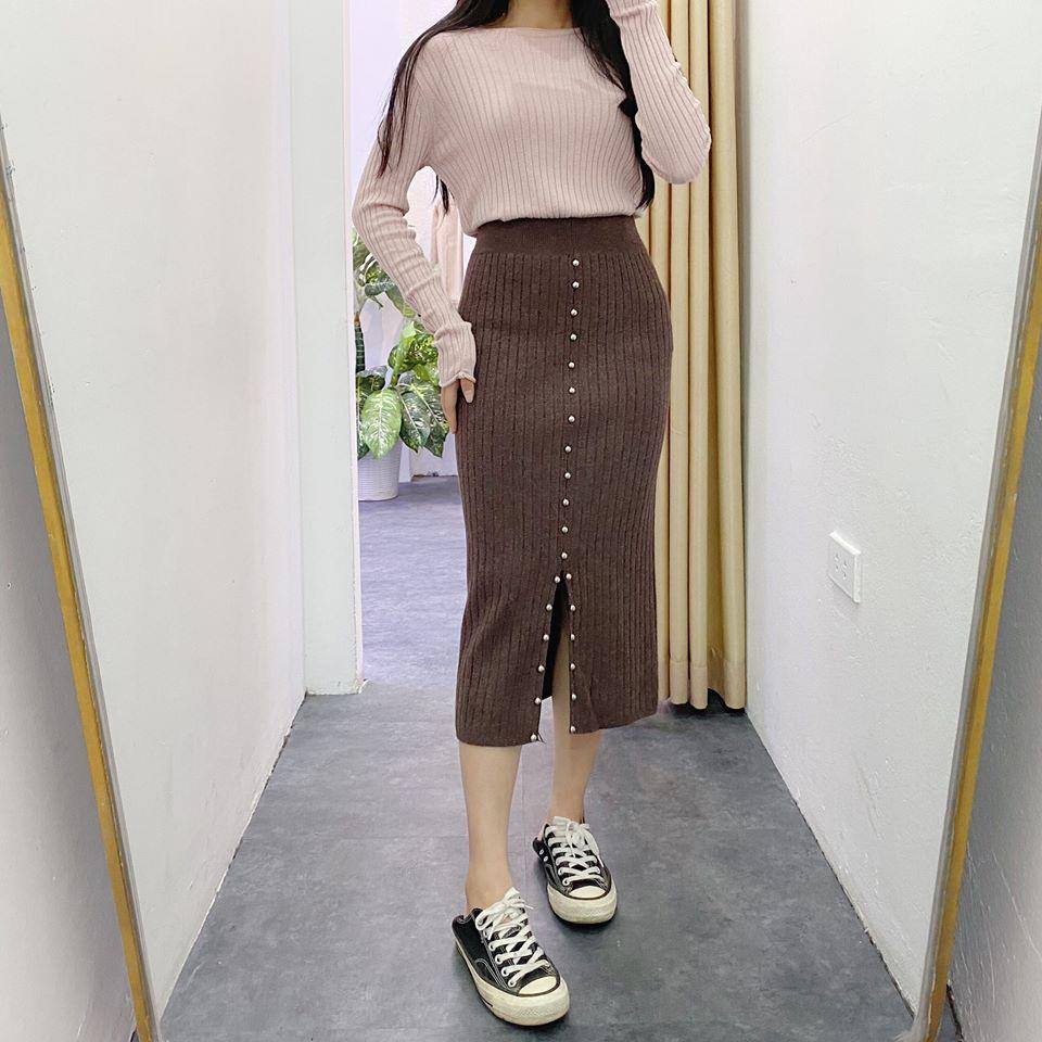 Tôn dáng tối đa với chân váy đính nút siêu đẹp