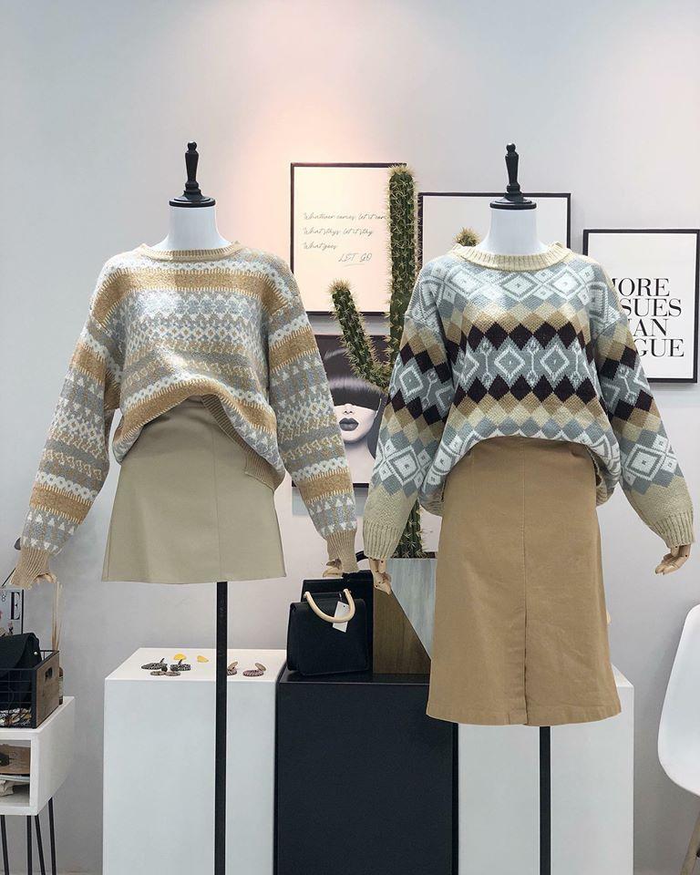Chẳng lo lỗi mốt với áo len hoạ tiết siêu xinh nhà Min