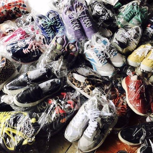 Giày dép hàng thùng