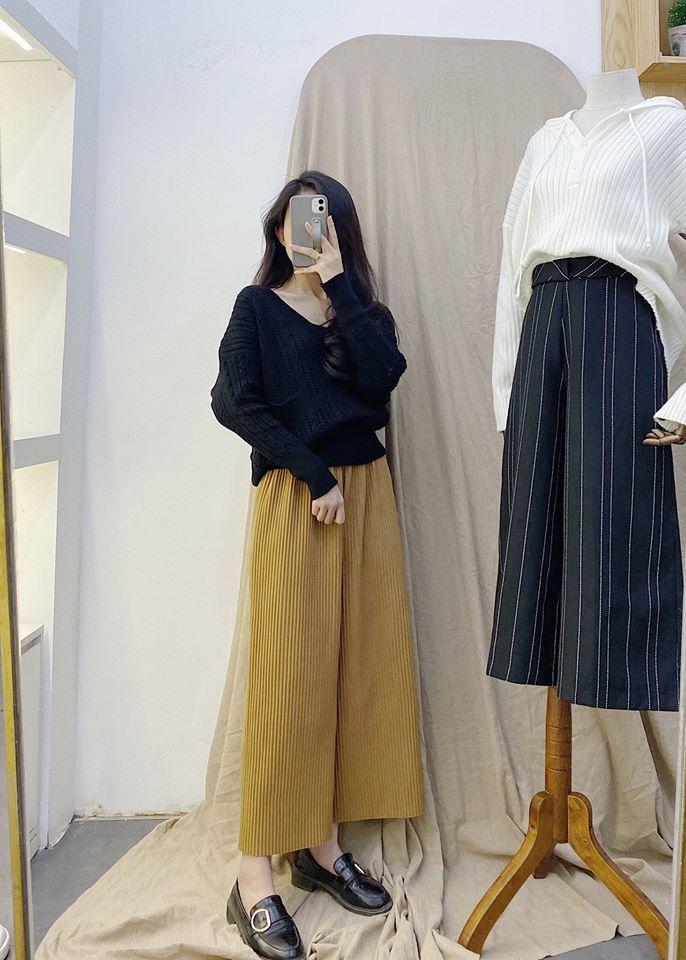 Mix quần ống rộng và áo len siêu phóng khoáng, sành điệu