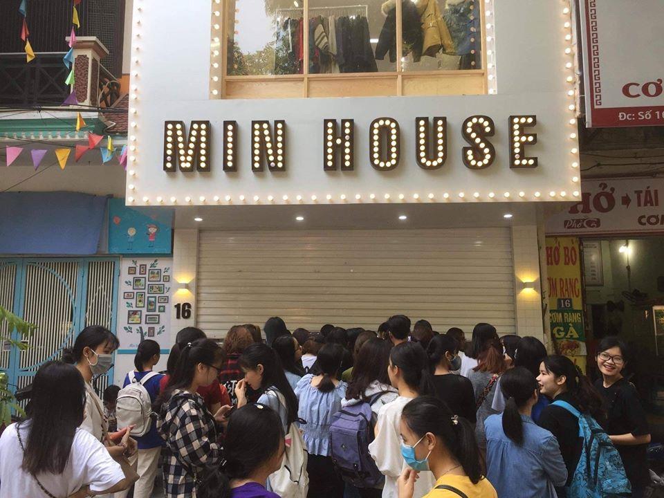 Địa chỉ bán hàng thùng Hàn Quốc uy tín hàng đầu tại Hà Nội