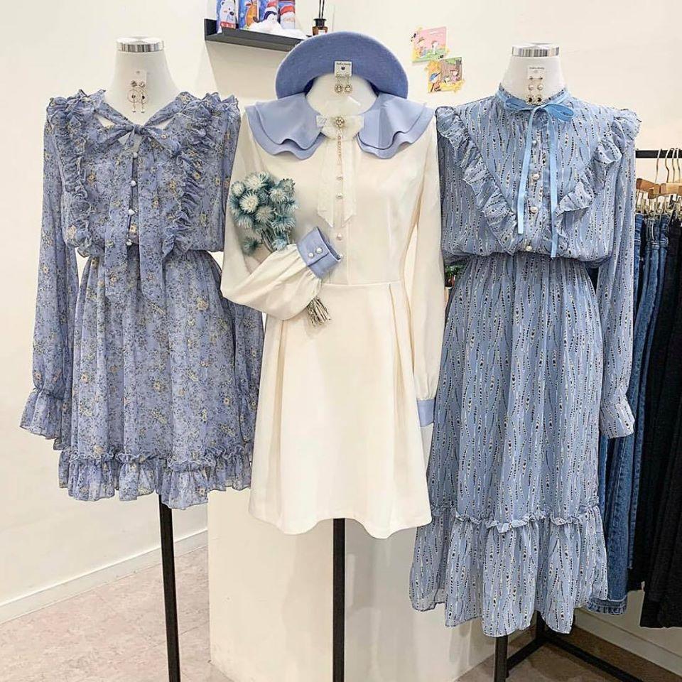 Màu xanh dương và hoạ tiết hoa nhí – sự kết hợp hoàn hảo