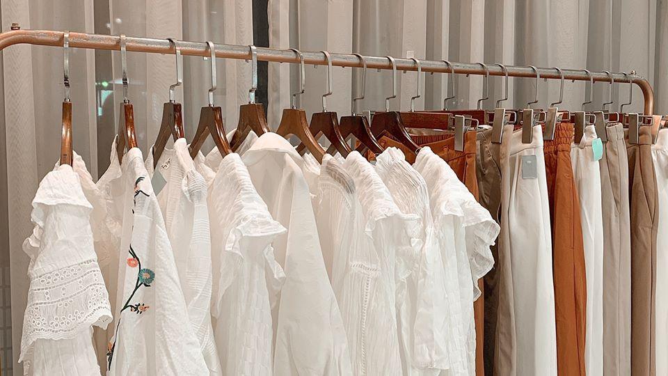 Nhập hàng và những điều cần biết về kinh doanh hàng thùng