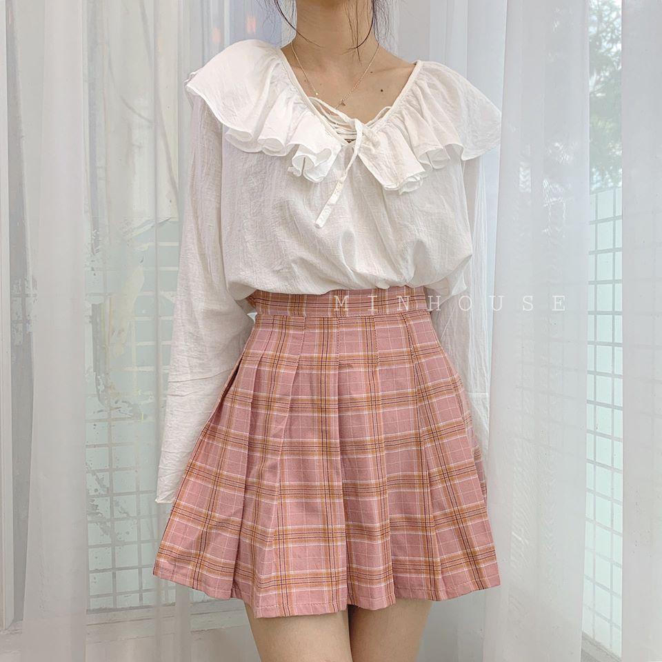 Cách phối đồ đẹp với chân váy ngắn và áo sơ mi công sở cực hút mắt
