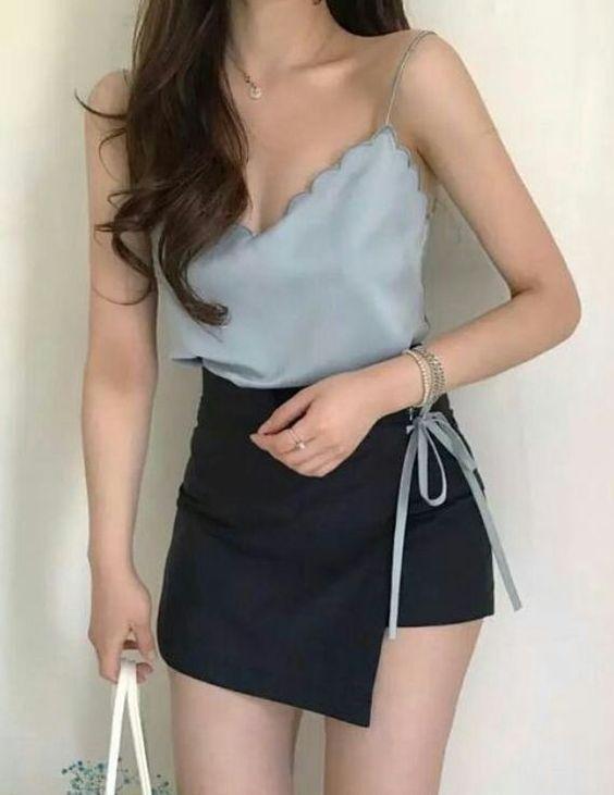 Quần giả váy mặc với áo gì để các nàng trông sành điệu và thời trang nhất?