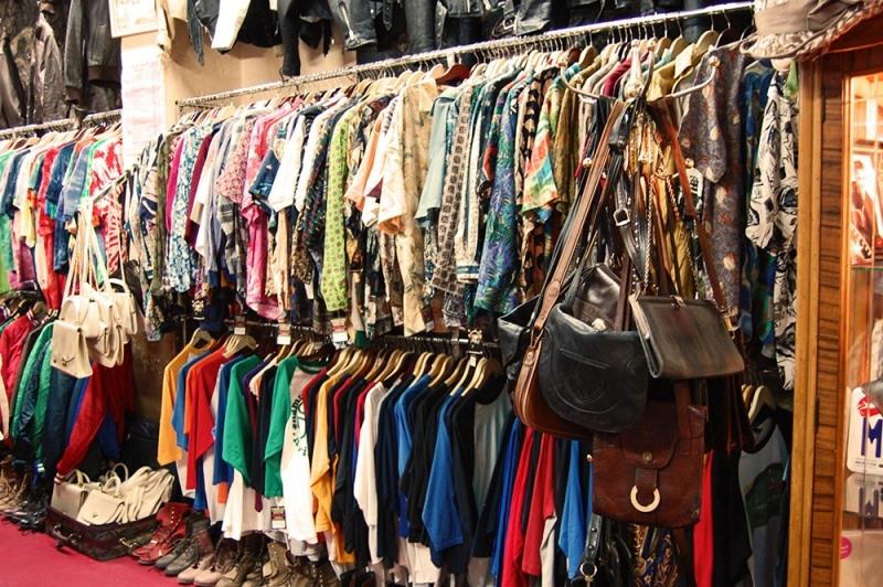 Tổng hợp địa chỉ chợ bán buôn quần áo hàng thùng giá gốc phổ biến nhất hiện nay