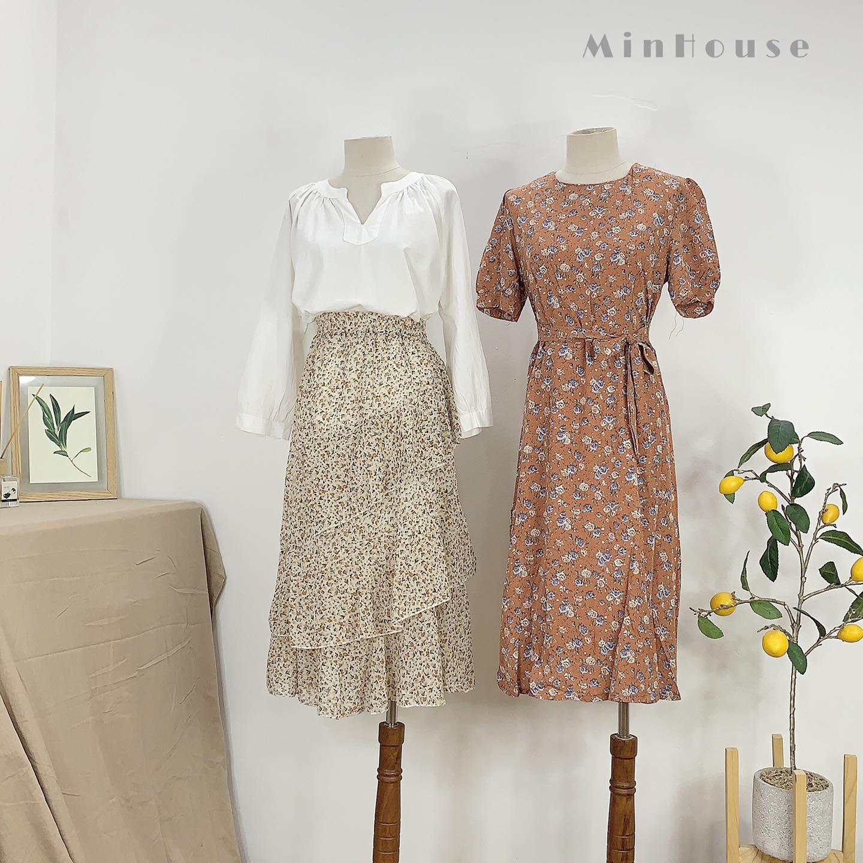 Mùa hè mà thiếu váy voan hoa nhí thì style cũng nhạt đi vài phần, vậy nên các nàng còn chờ gì mà không sắm ngay 1 em để bổ sung vào tủ đồ.