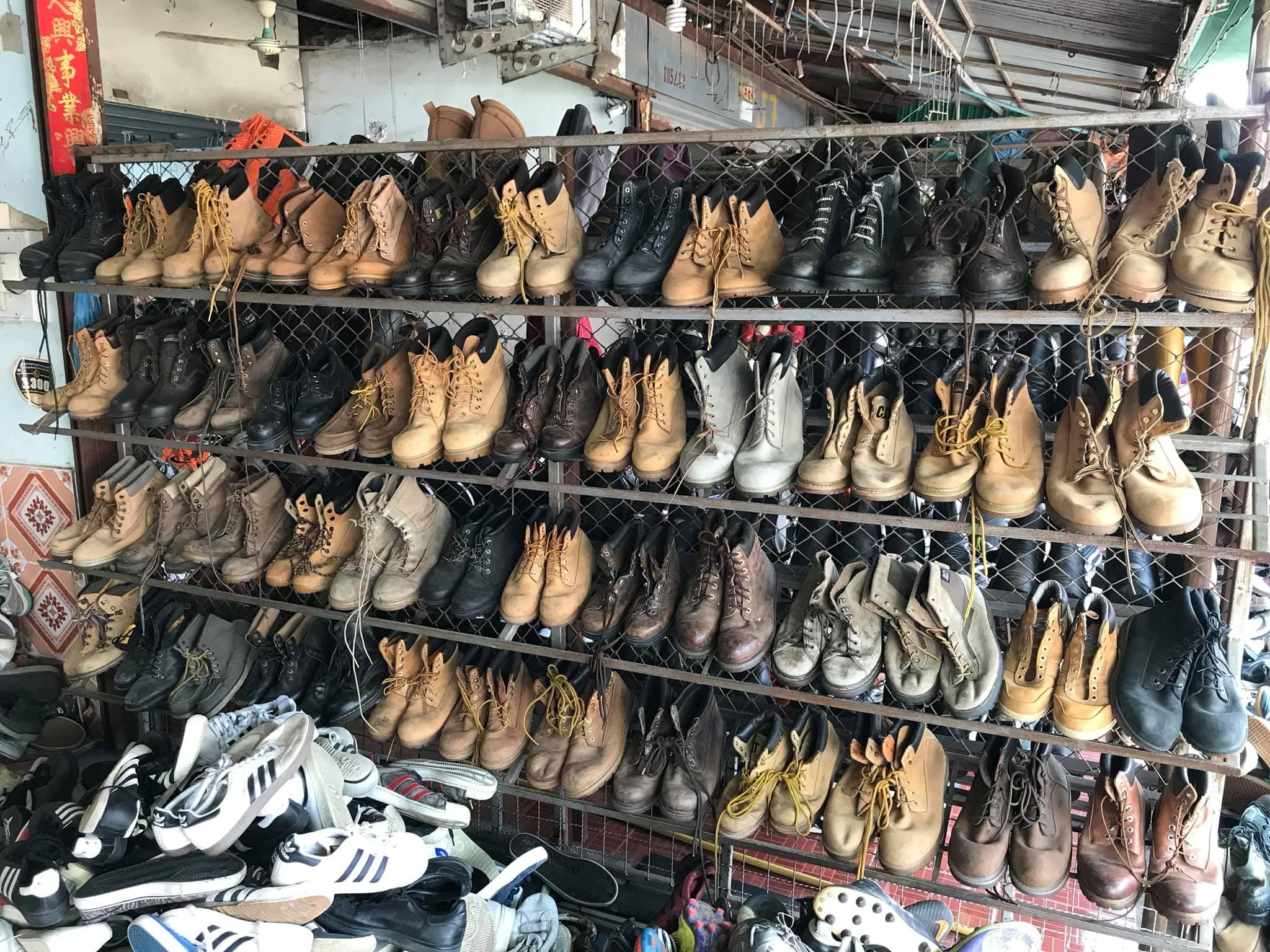 """5 bí quyết """"vàng"""" giúp bạn mua giày hàng thùng chuẩn"""