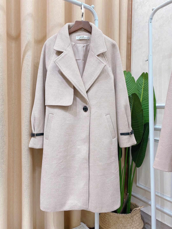 Áo khoác dạ dáng dài – item không bao giờ lỗi mốt trong làng thời trang