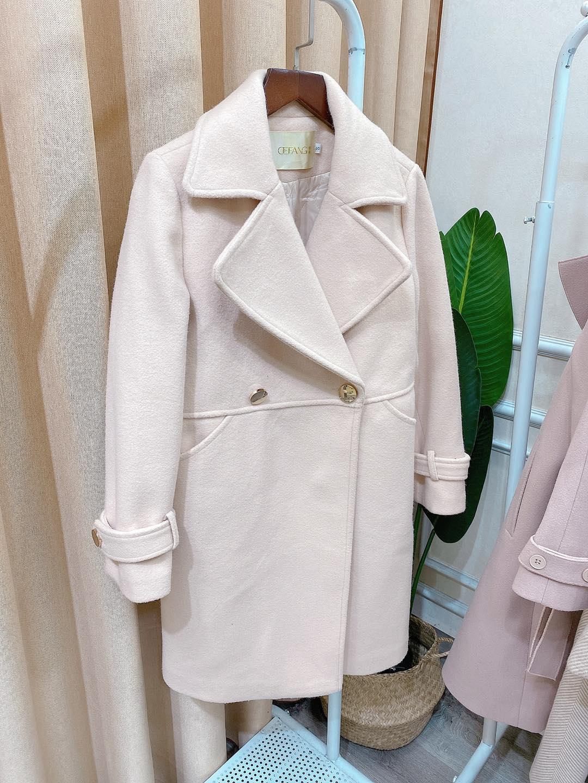 Áo khoác nữ màu pastel cho cô nàng dịu dàng diện thu đông