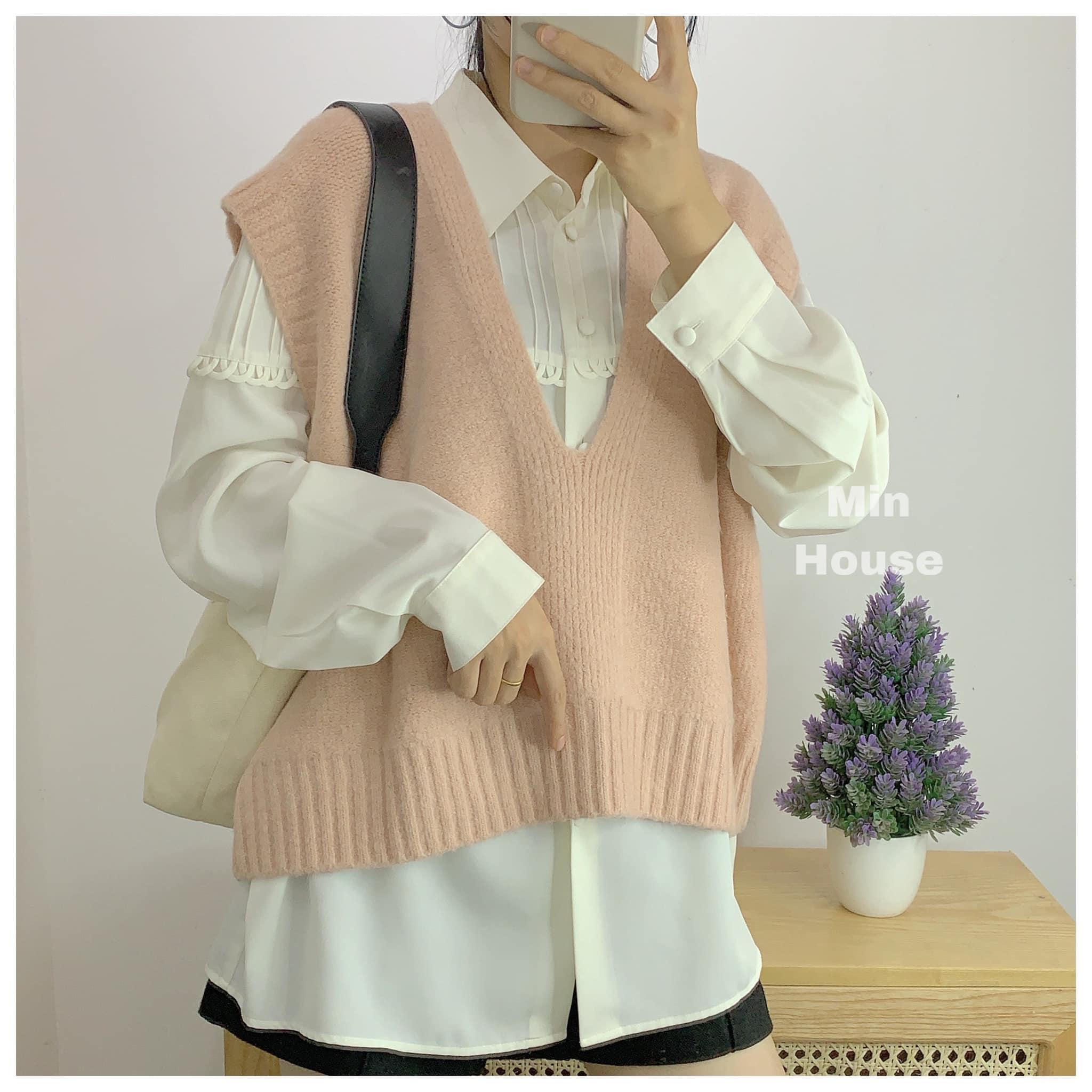 Sơ mi và áo len – sự kết hợp hoàn hảo cho ngày thu se lạnh